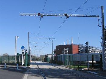 Le tramway travers la ville de clermont ferrand - Jardin d hiver henri salvador clermont ferrand ...